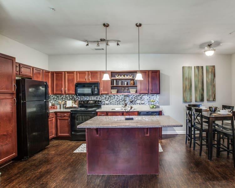 Spacious kitchen at Overlook at Stone Oak Park in San Antonio, Texas