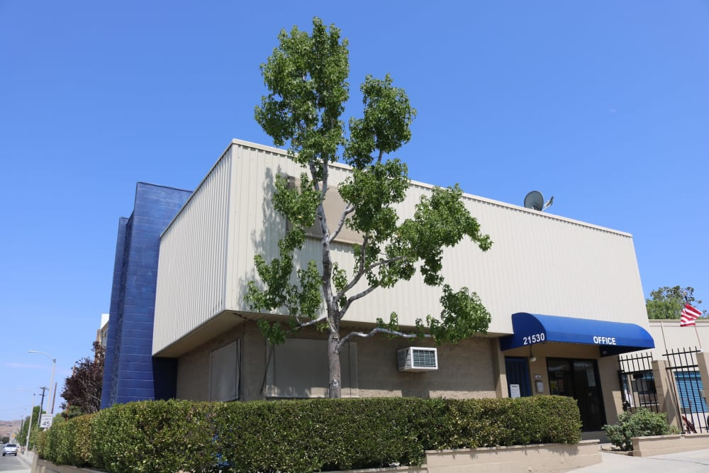 Our facility, from the sidewalk, in Santa Clarita