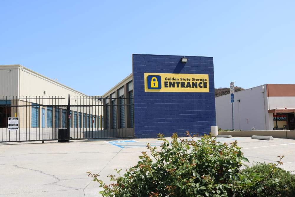 The entrance to Golden State Storage - Golden Triangle