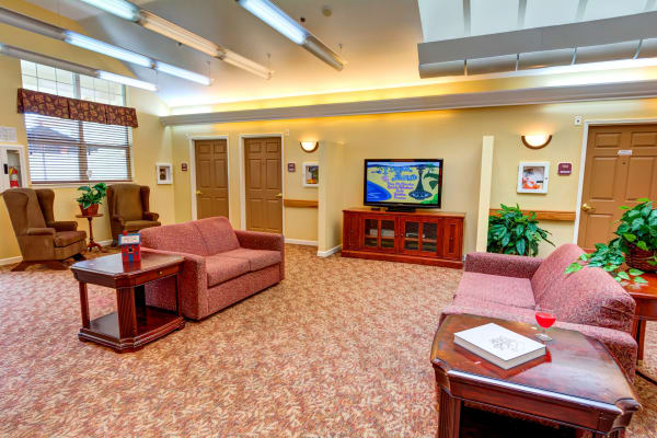 Common area at Rosewood Memory Care in Hillsboro, Oregon