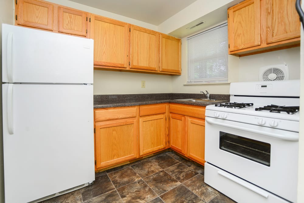 Kitchen at Post & Coach Apartment Homes in Freehold, NJ