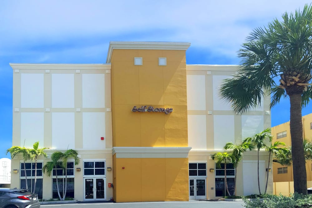 Exterior of Prime Storage in North Miami, Florida