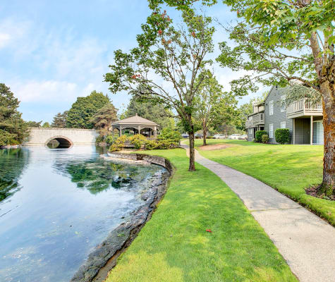 Enjoy the neighborhood at Waters Edge Apartments in Kent