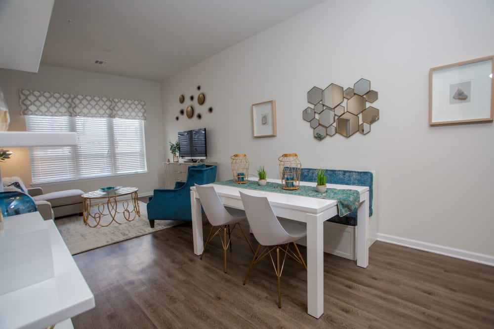 The Mark Parsippany offers an open floor plan Dining Area in Parsippany, New Jersey