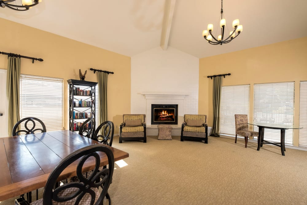 Clubhouse with plenty of seating for entertaining guests at Park Ridge Apartment Homes in Rohnert Park, California