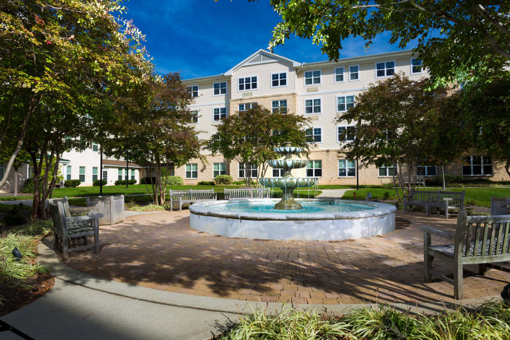 Beautiful exterior fountain at Weinberg Villages I-V in Owings Mills, Maryland