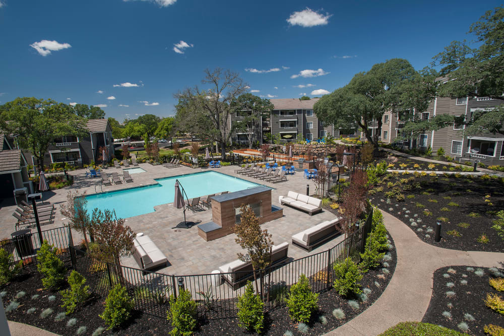 Gorgeous view of the exterior with pool at Slate Creek Apartments in Roseville, California