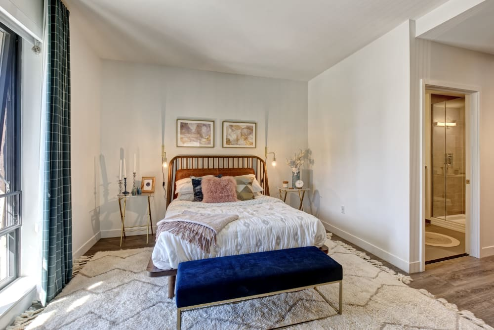 Take a virtual tour of our 2 Bedroom apartments at Vela on the Park in Stamford, Connecticut