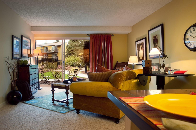 Wonderful floor plans for rent at Edgewood Park Apartments in Bellevue, Washington