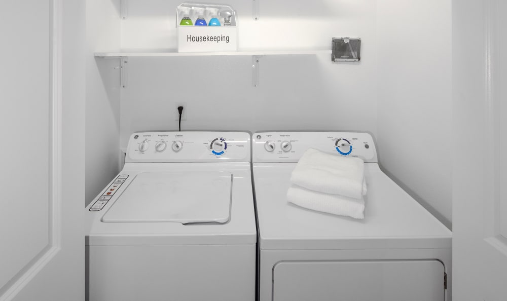 Washer and dryer at Bridge Creek Apartments in Vancouver, Washington