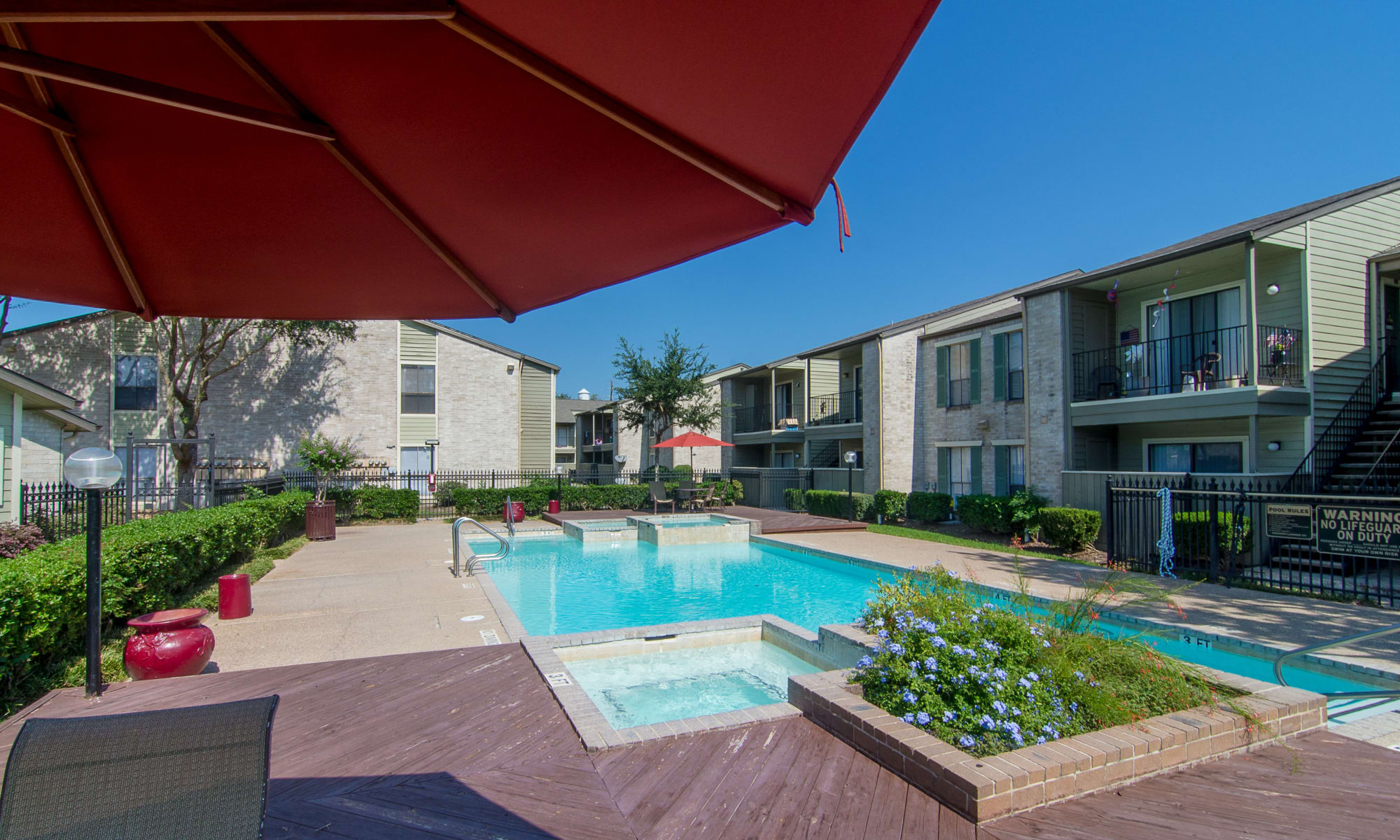 Meadowbrook Apartments in Humble, TX