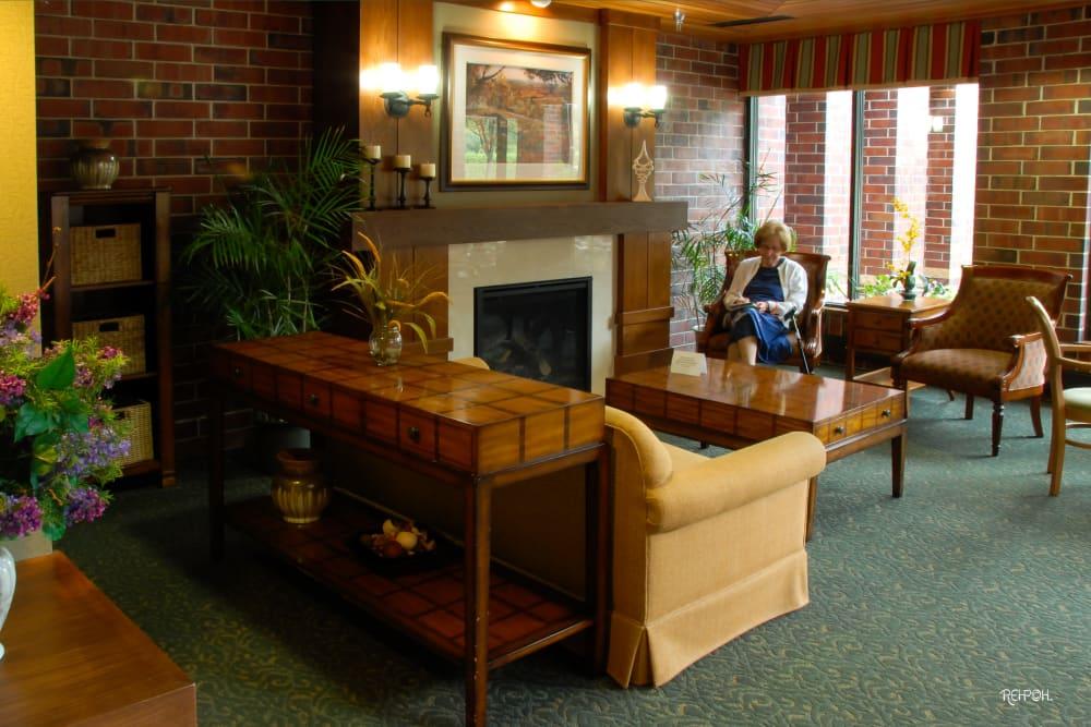Fireside room at The Glenn Hopkins