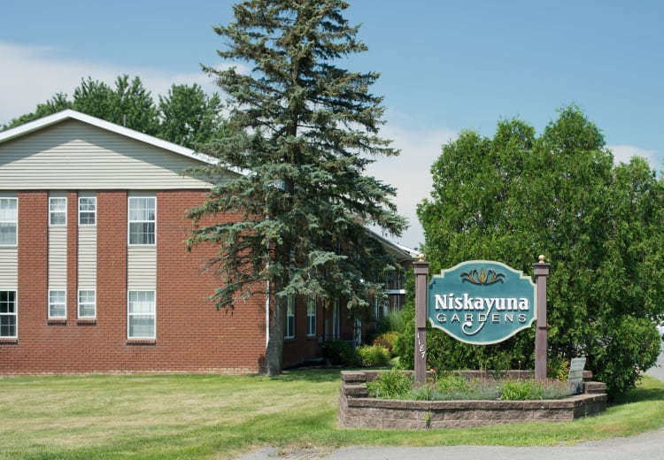 Entrance Sign at Niskayuna Gardens in Niskayuna