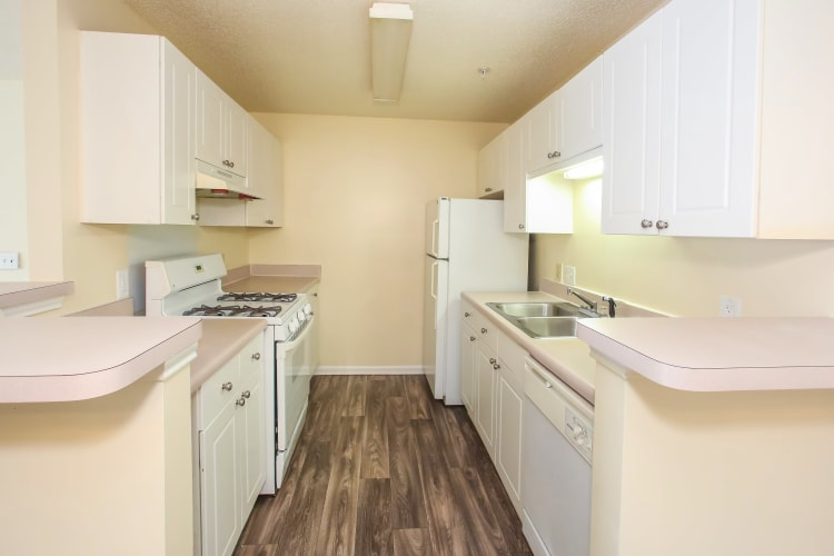 Paces Landing Apartments showcases a beautiful kitchen in Gainesville, Georgia