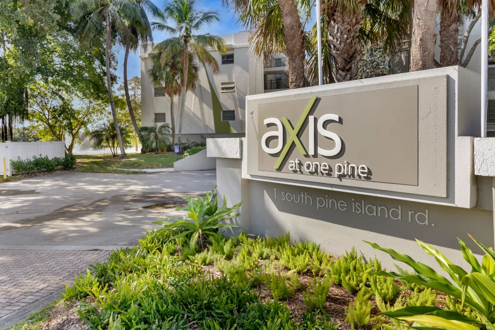 Entry sign at apartments in Plantation, Florida