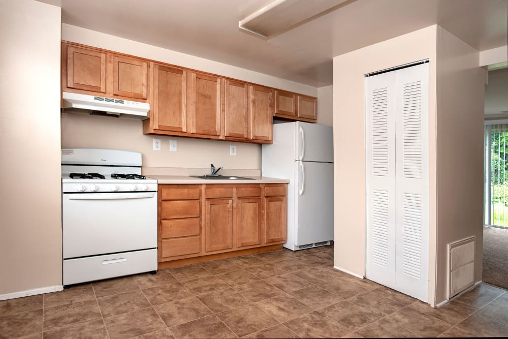 Spacious kitchen at apartments in Rosedale, Maryland