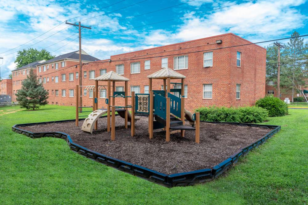 Great for entertaining playground at Hamilton Manor in Hyattsville, Maryland