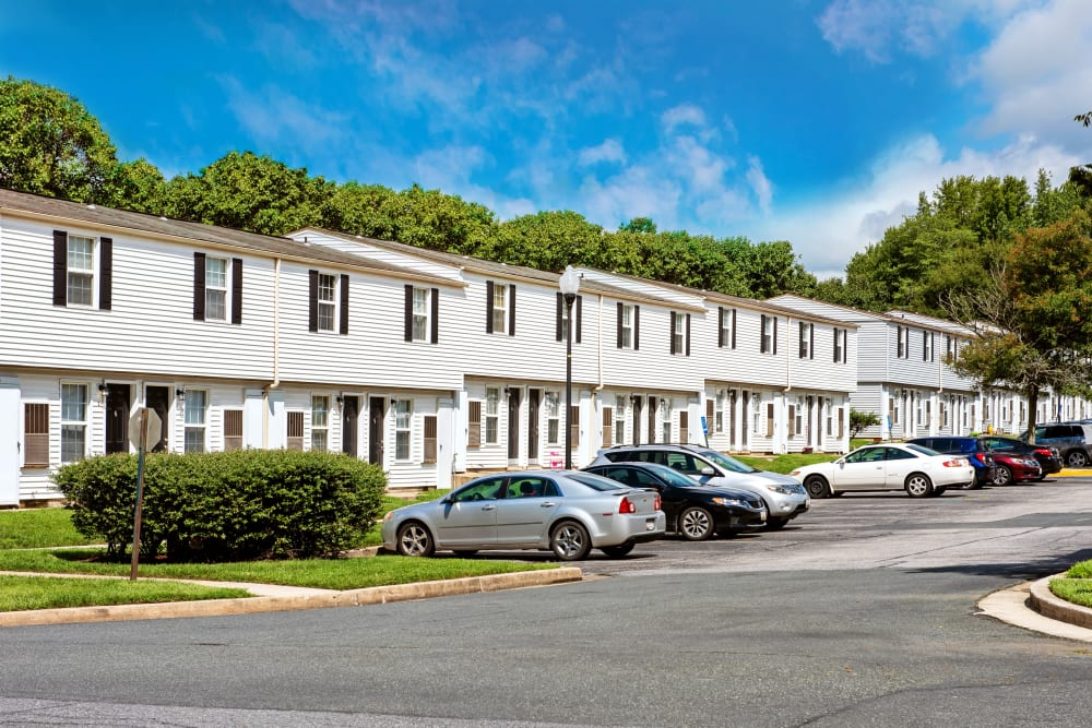 Whispering Woods offers a spacious parking lot in Middle River, Maryland