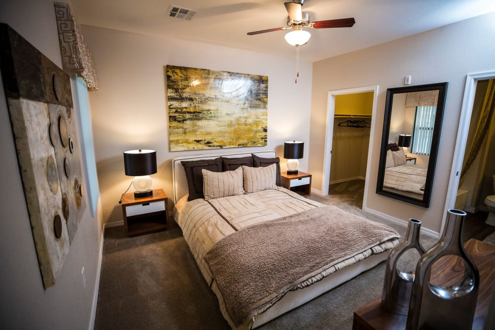 Nice bedroom at Avenue 25 Apartments