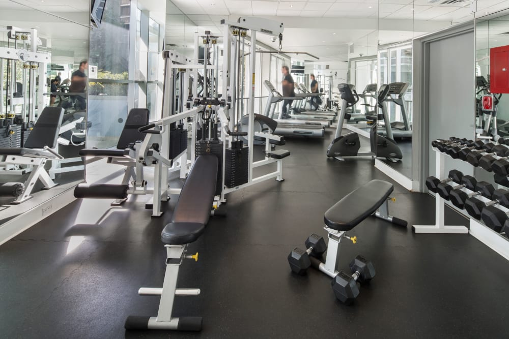 Fully equipped fitness center at Bayview at Coal Harbour in Vancouver, British Columbia