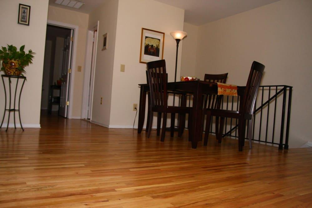 Dinner seating at Brandywyne East II
