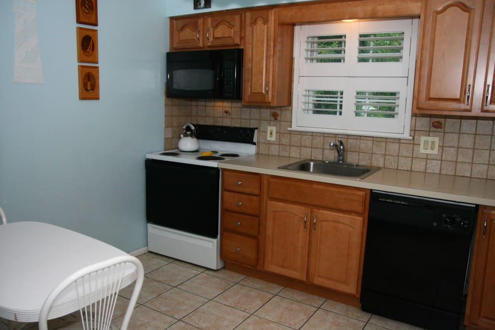 Spacious kitchen at Shenandoah Arms in Spring Lake, NJ
