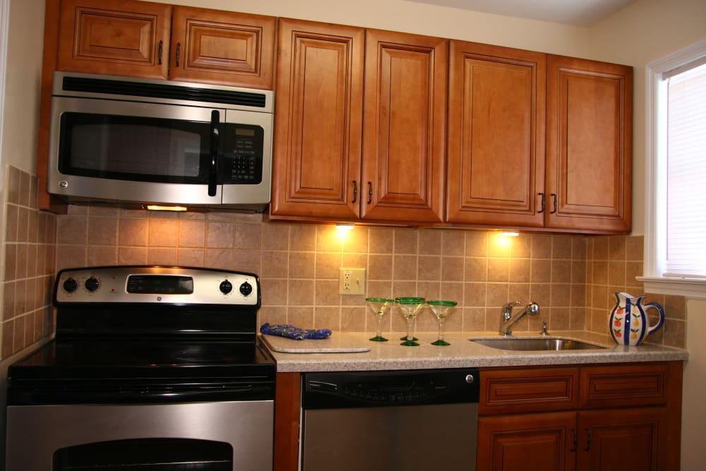 Modern kitchen at Cloverdale Associates