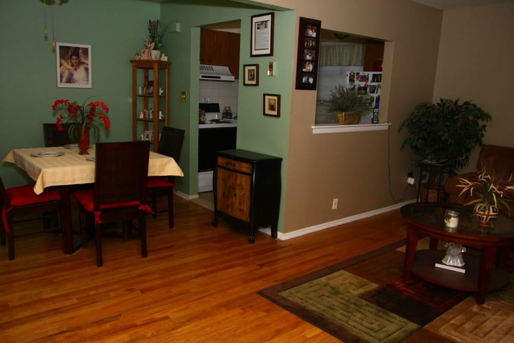 Dining room at Cloverdale Associates