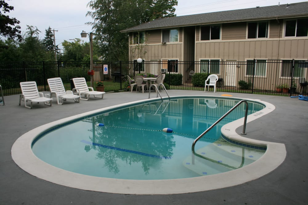 Modern swimming pool at Fountain Court in Springfield, Oregon