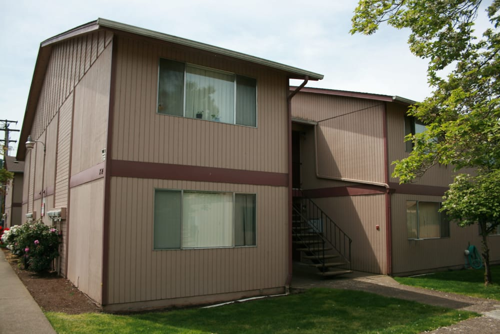 Exterior view of our apartments at The Royals in Springfield, Oregon