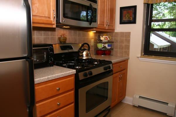 Kitchen model at Englewood Village