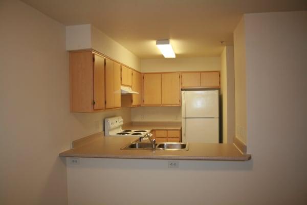 Stone Ridge offers a quiet kitchen in Eugene, Oregon