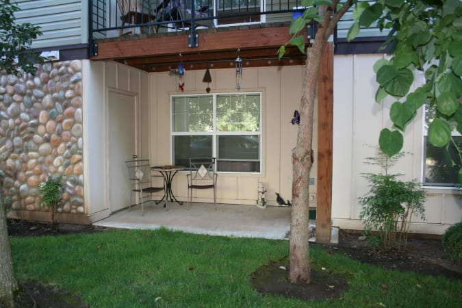 River Rock Apartments offers private patios in Spokane Valley, WA