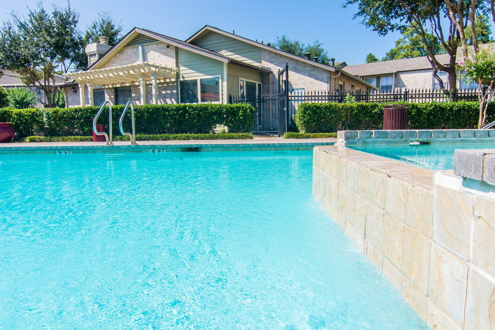 Pool house at Meadowbrook Apartments