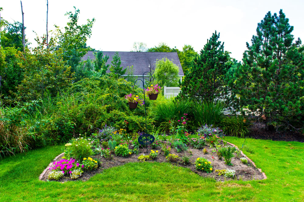 Beautiful landscaping outside of Maplewood at Orange in Orange, Connecticut