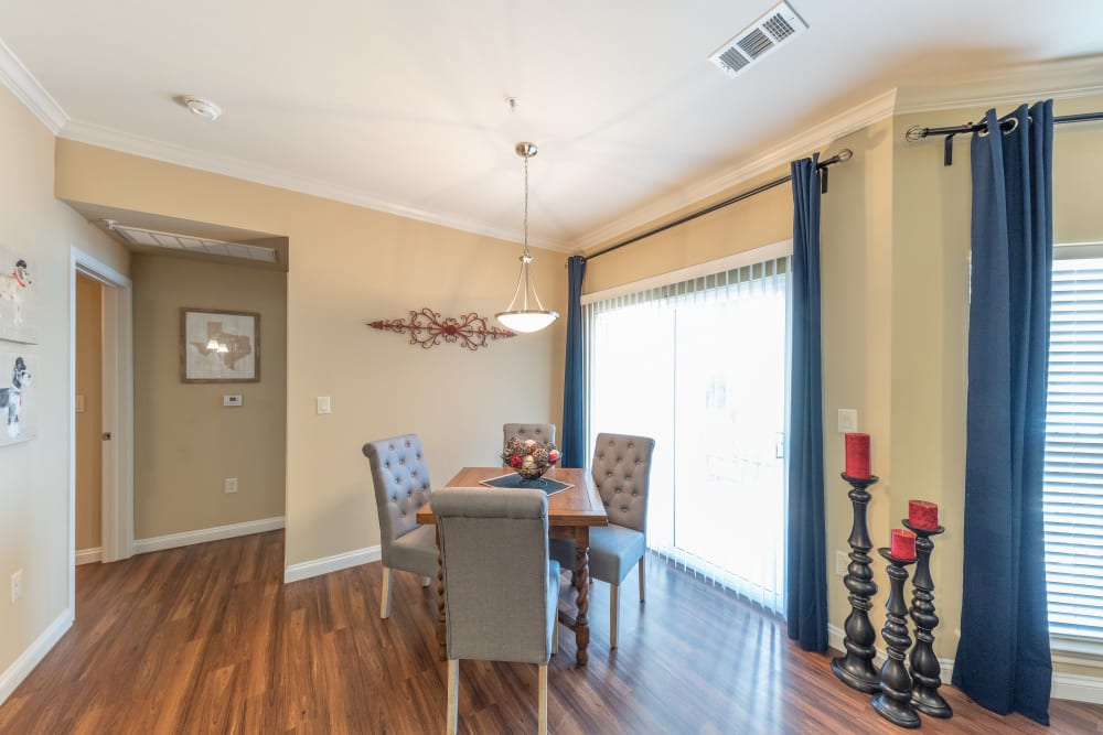 Breakfast nook with hardwood floors at Hilltops in Conroe, Texas