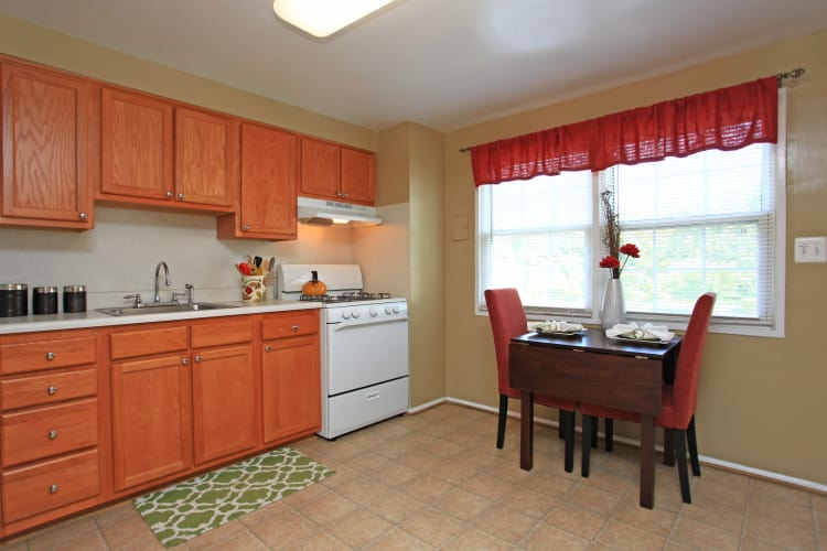 Fully-equipped kitchens at Highland Village allow for endless culinary creations!