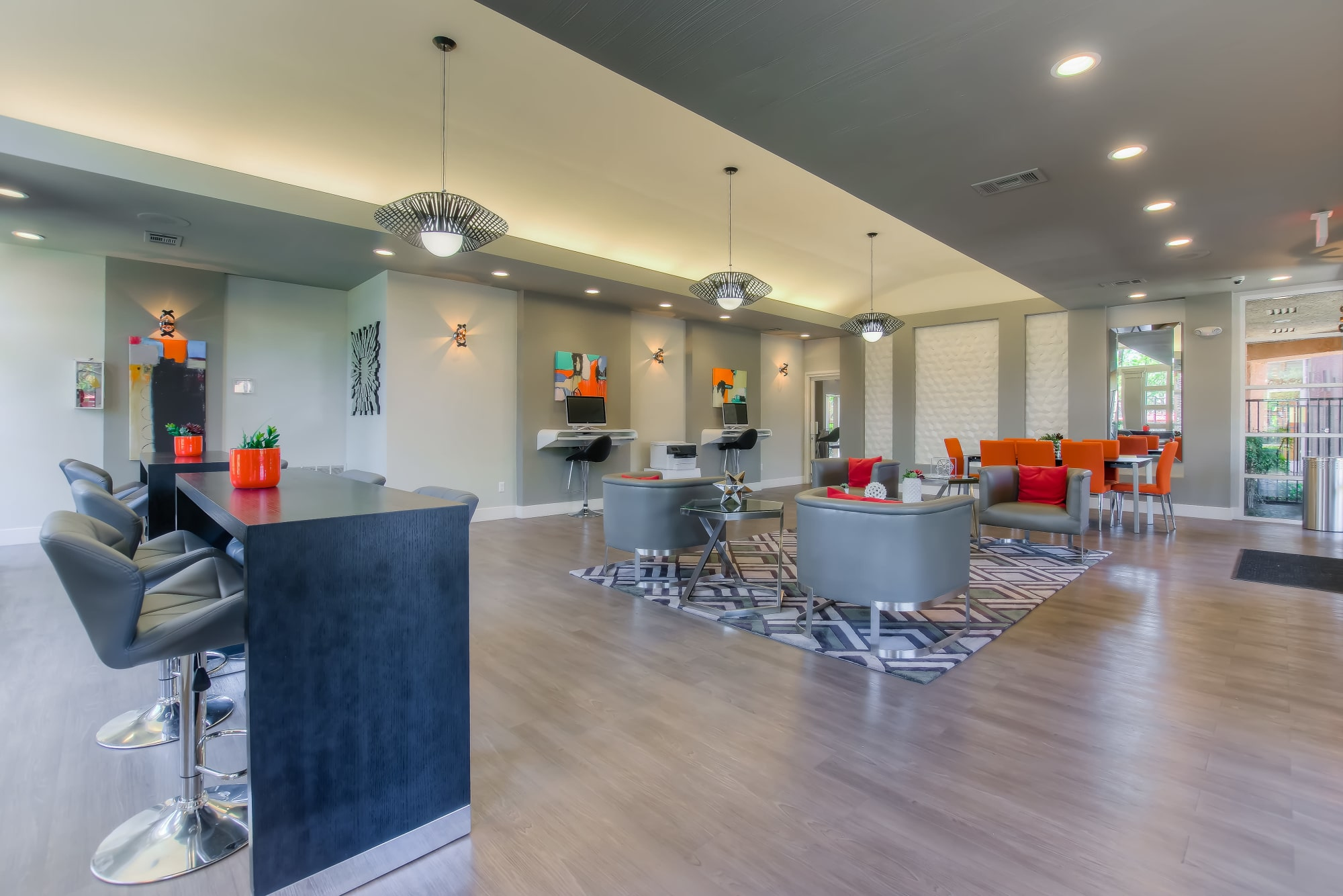 Business Room At Tuscany Village Apartments