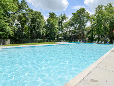 The Village of Chartleytowne Apartment & Townhomes offers a swimming pool in Reisterstown, MD