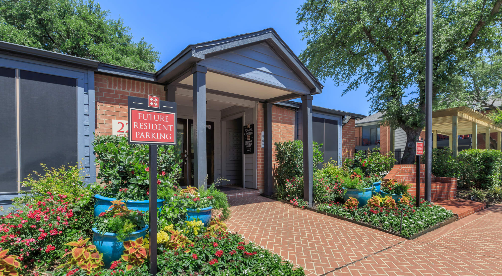 Schedule a tour of Windmill Terrace in Bedford, Texas