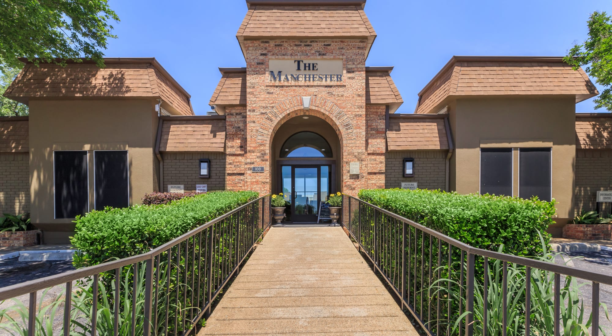 Schedule a tour of The Manchester Apartments in Euless, Texas