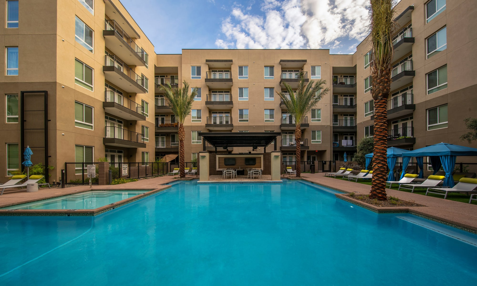 Scottsdale luxury apartments at Carter in Arizona