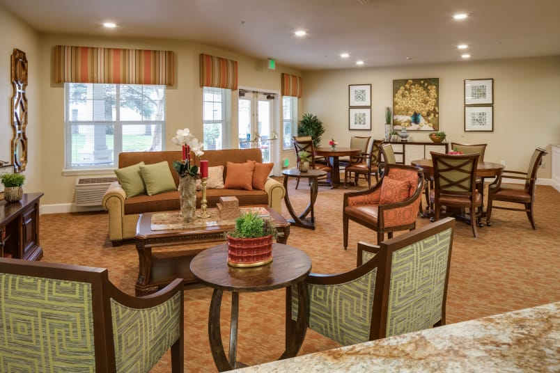 Assisted living at Dale Commons in Modesto, California