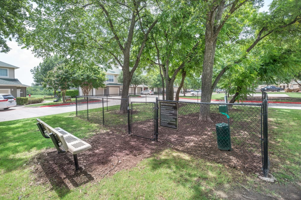 Onsite dog park at 23Hundred at Ridgeview in Plano, Texas
