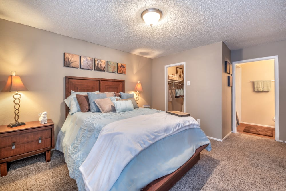 Spacious bedroom at 8500 Harwood Apartment Homes in North Richland Hills, Texas