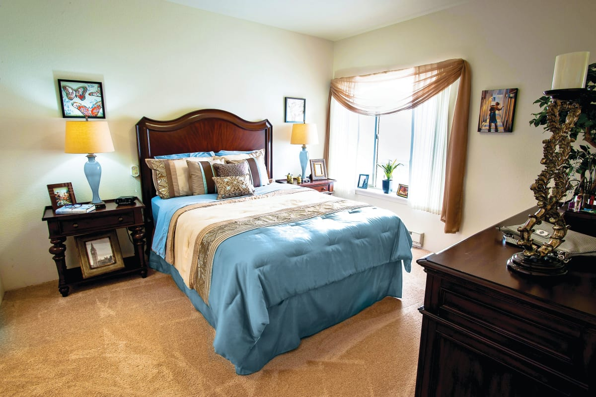 Well-decorated resident living space at Camden Springs Gracious Retirement Living in Elk Grove, California