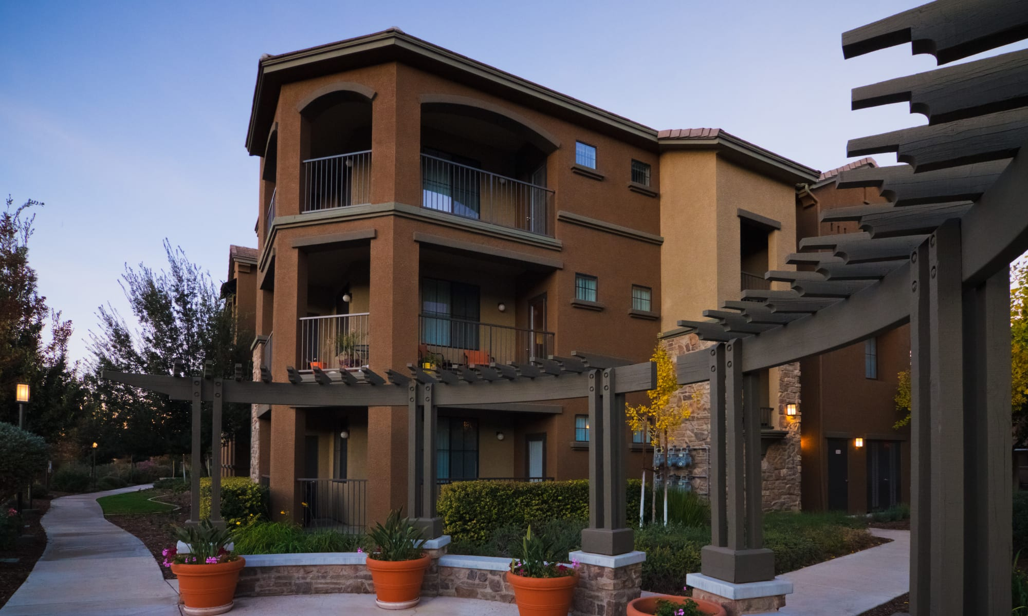 Apartments at Links at Westridge in Valencia, California