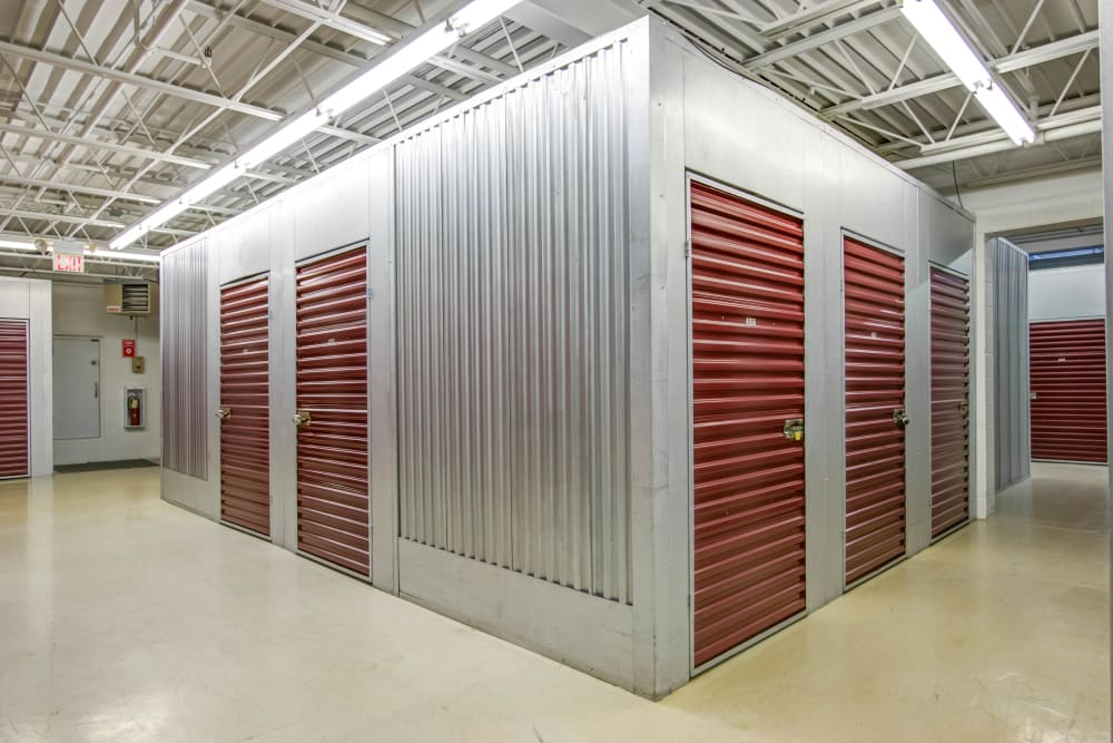 Metro Self Storage offers indoor units in Eden Prairie, Minnesota