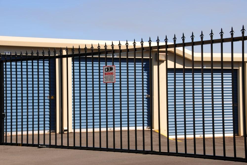 United Storage Group in Tyler, Texas exterior storage units