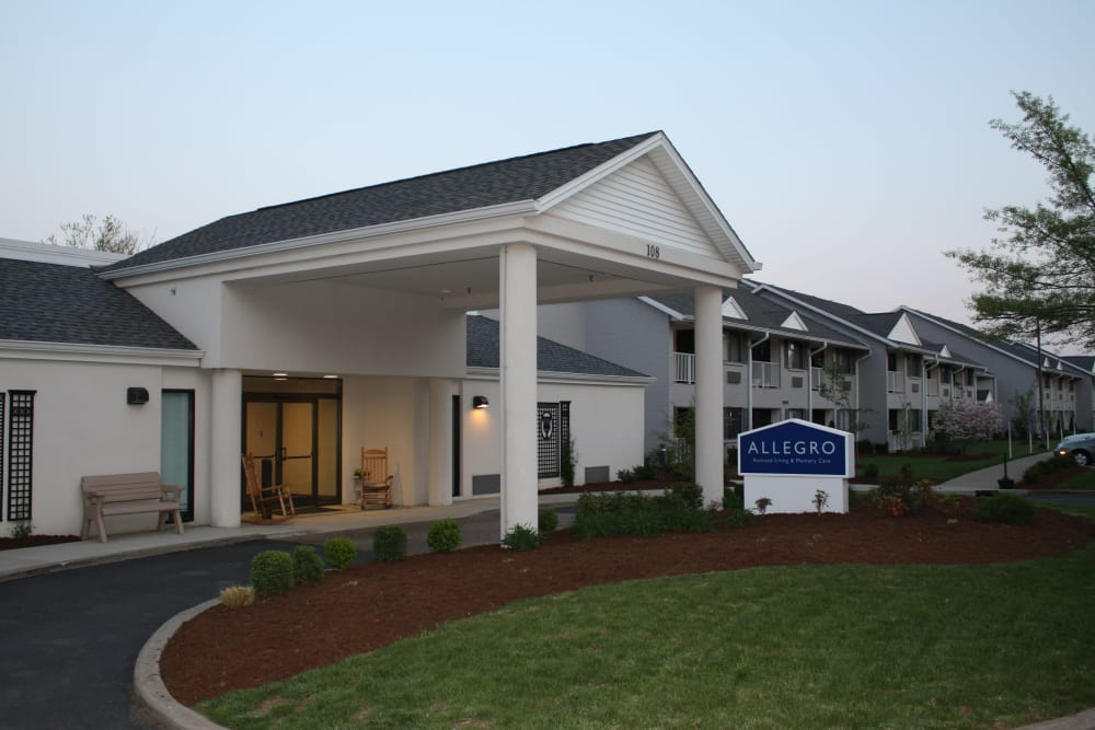 Exterior view of main entrance and driveway at Willow Creek Senior Living in Elizabethtown, Kentucky.